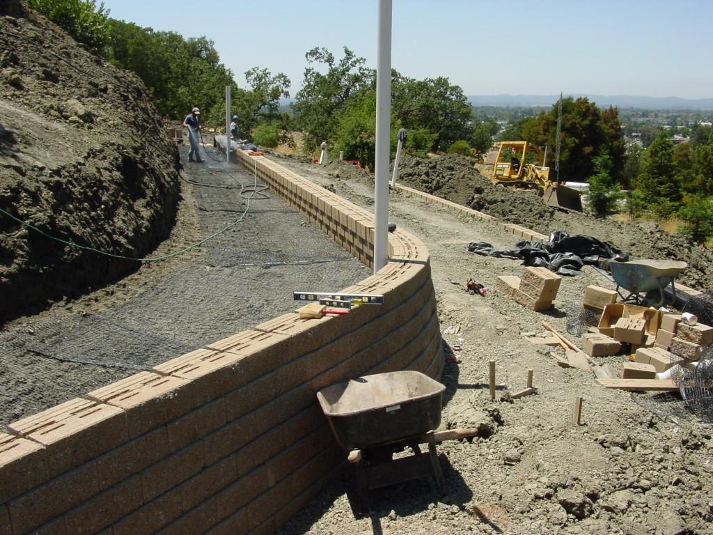 Versalock wall for landslide repair