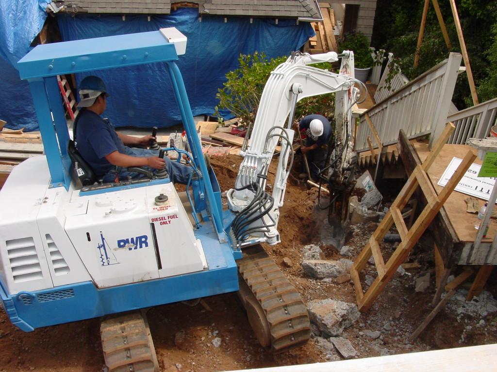 Tight access concrete demolition